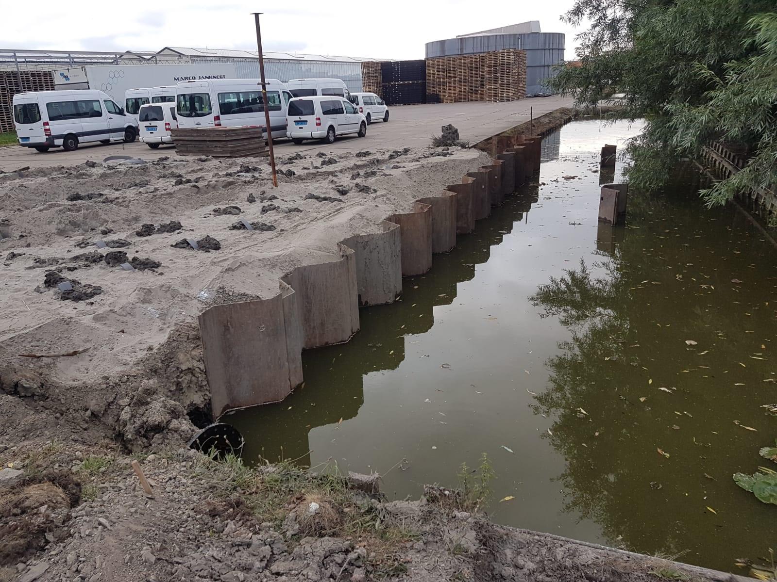 Aanbrengen tijdelijke damwanden in Honselersdijk heiconbv